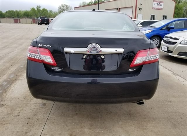 2011 Toyota Camry XLE full